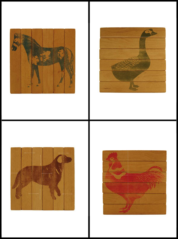 FOUR-WAY BLOCKS, 1964 / Bois/Wood / 21 x 21 x3,5 cm / Design: Fredun Shapur
